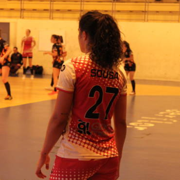 Résumé du match : HBCAM63 33 – 31 Rochechouart Saint-Junien Handball 87